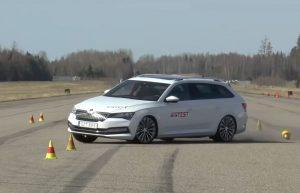 Volkswagen Passat GTE i Škoda Superb iV, hibridi i službeno ne vole nagle promjene smjera