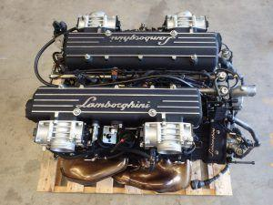 Navali narode, motor Lamborghini Murcielaga dostupan na eBayu!