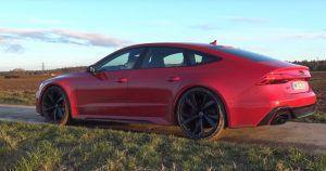 Audi RS7 u rukama omiljene 'plavuše' i ljubiteljice automobila