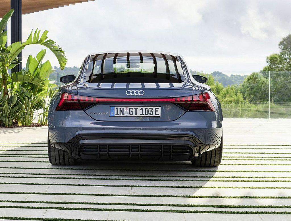 EKSKLUZIVNO: Audi e-tron GT upravo predstavljen, električni ljepotan budućnosti raspolaže s čak 598 KS!