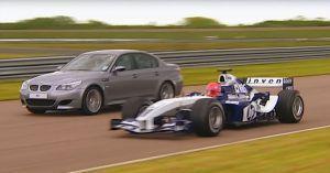 BMW M5 (E60) ili Formula 1, zna se tko je ovdje beg, ali prizor je svejedno nevjerojatan