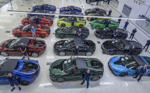 BMW i8 ispraćen sa stilom, 18 posebnih modela za konačni kraj
