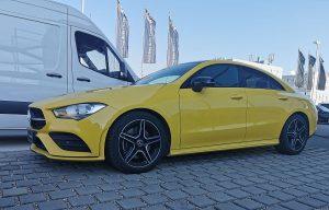 Rabljeni Mercedes-Benz CLA 200 d žute boje na prodaju, boja kao dobar adut ili ne?
