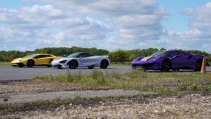Ferrari 488 Pista vs McLaren 720S vs Lamborghini Aventador SV u uzbudljivoj utrci, imaju li V8 'turbaci' šanse protiv V12 atmosferca?