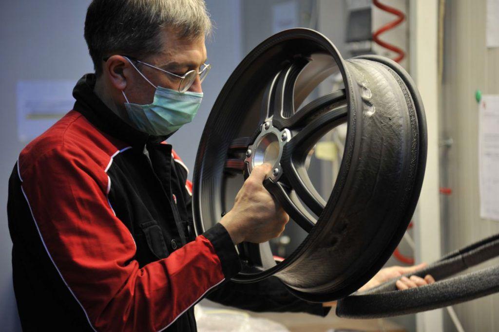 Ducati Superleggera V4 i službeno u proizvodnji, ovo remek djelo na dva kotača vozit će samo 500 sretnika