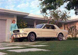 Ford Mustang predstavljen je 17. travnja 1964. u New Yorku, sve ostalo je povijest