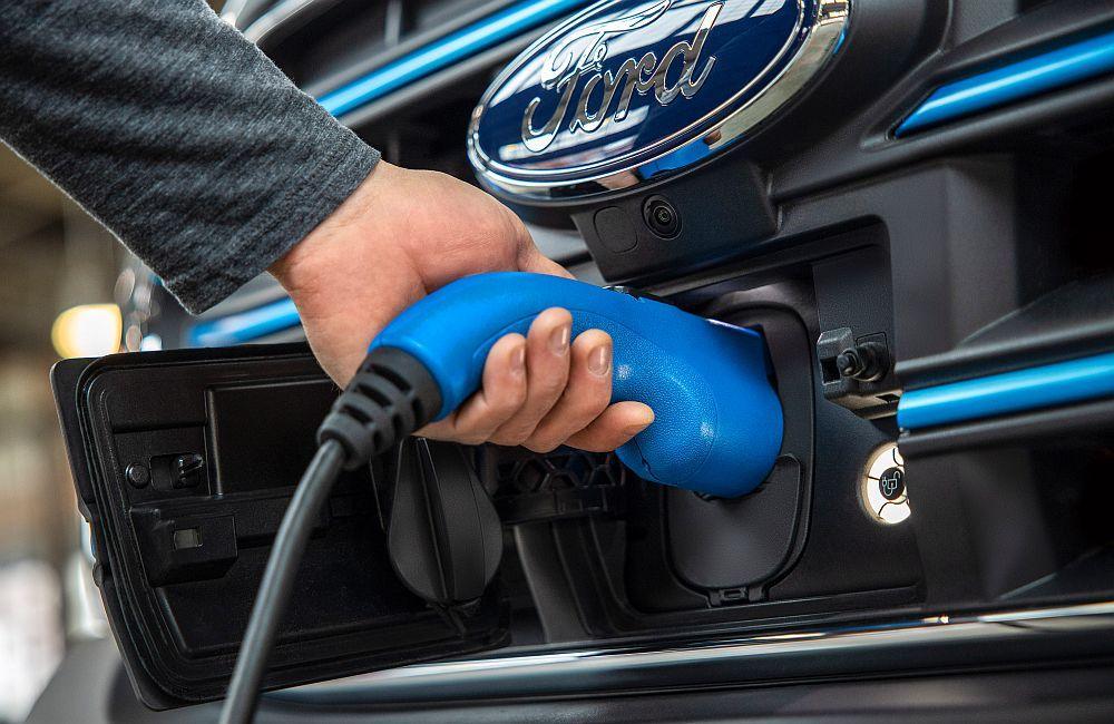Ford E-Transit najavljuje novo normalno u prijevozničkom svijetu