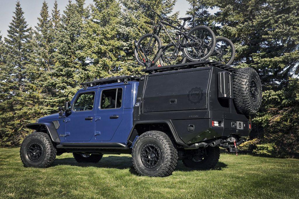 Jeep Gladiator Top Dog kao ekstremni član ekstremnih biciklistički ekipa