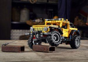 Jeep Wrangler u Lego Tehnic izvedbi zove i najmlađe u off road avanture