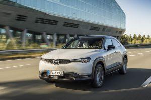Mazda unatoč burnoj 2020., entuzijastično ide u budućnost