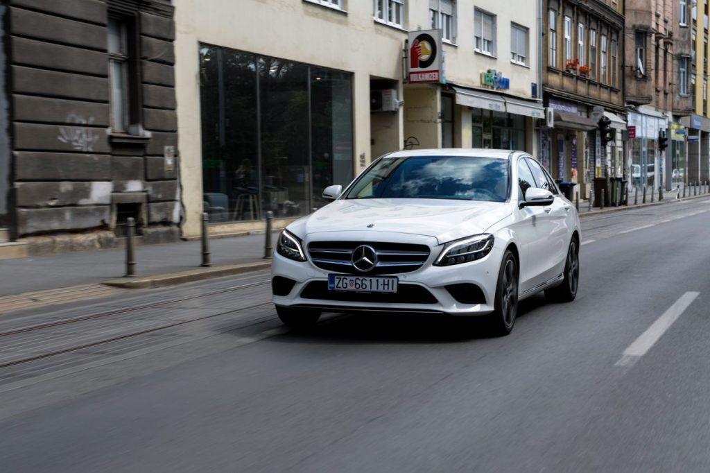 Mercedes-Benz C 200d, manji obujam za sjajnu računicu