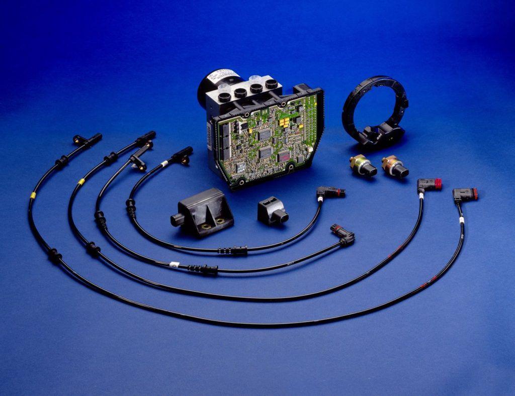 ESP - čuvena oznaka elektronskog programa stabilnosti pojavila se prije 25 godina