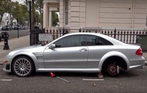 Mercedes-Benz CLK 63 Black Series besramno pokraden u Londonu, prizor tjera suzu na lice