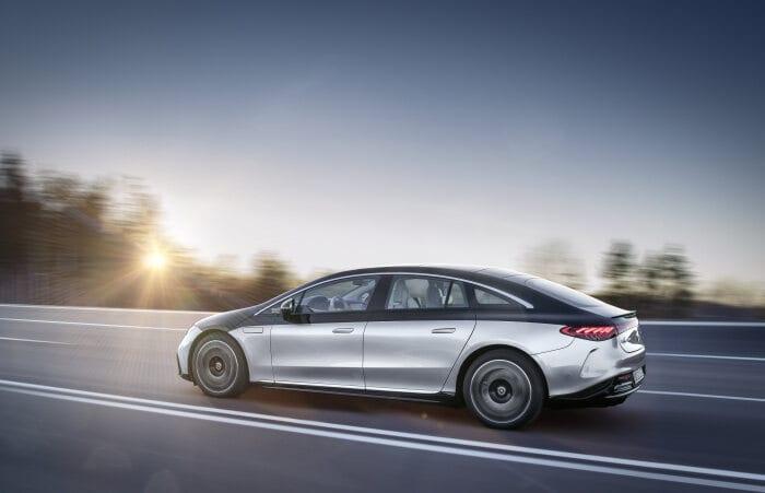 Mercedes EQS (2021.), luskuz obilkovan u strujnom izdanju uz doseg od 770 km