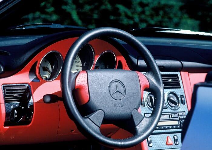 Mercedes-Benz SLK slavi 25. rođendan i na mala vrata ulazi u svijet klasika