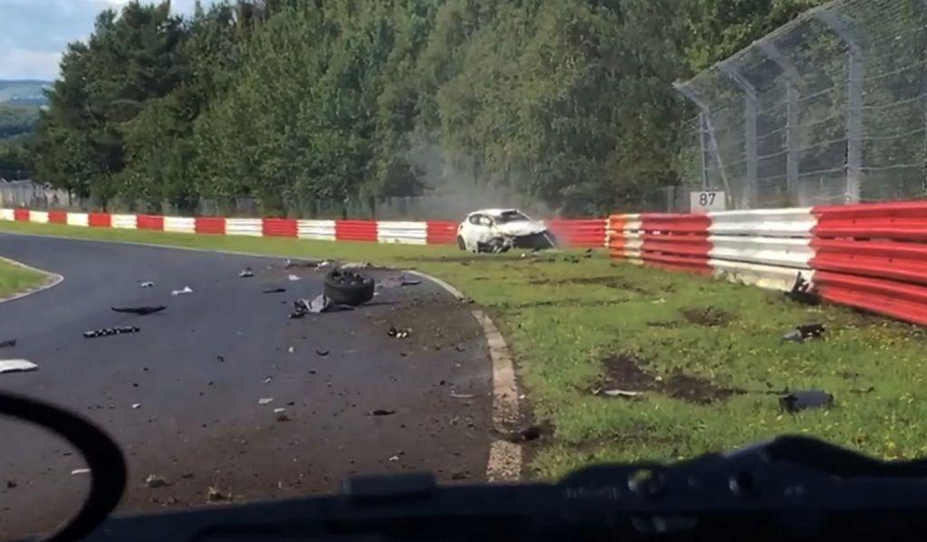 Nürburgring kao ratna zona, pogledajte najgorih 20 izlijetanja na stazi