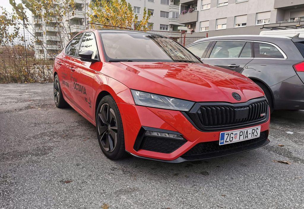 Škoda Octavia RS, prvi primjerci stigli u Hrvatsku, osvaja izgledom, a cijenom?
