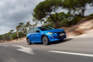Peugeot e-208 stigao u salone, maleni strujaš nudi 136 KS, bogatu opremu i doseg od 340 kilometara!