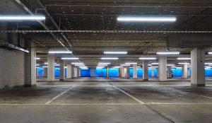 Nijemci se boje električnih automobila u javnim garažama, krenule prve zabrane!
