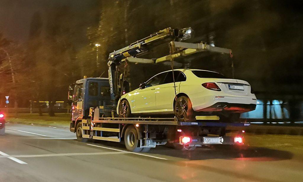 'Pauk' vam je ugledao automobil, evo kako se spasiti!