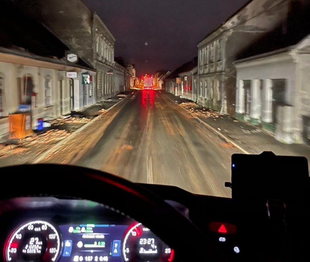 Pogled s ceste, Petrinja i okolica prošle su katastrofu