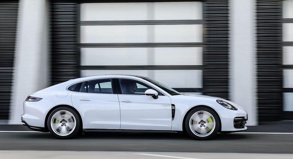 Porsche slavi 10 godina proizvodnje hibrida