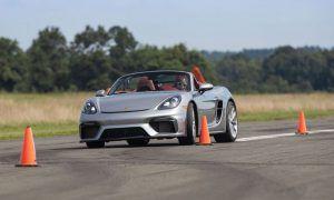 16 godina i već ovako vozi, uz Porsche do Guinnessove knjige rekorda!