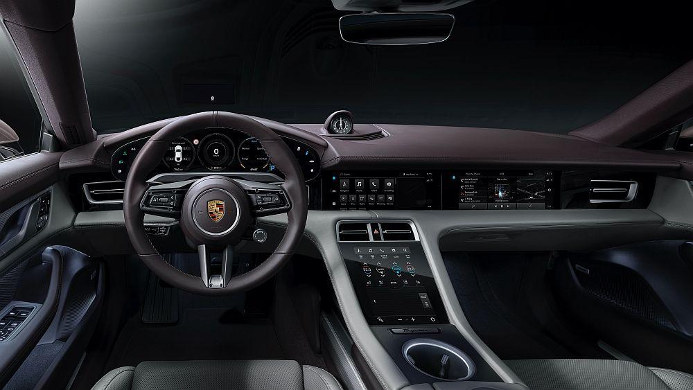 Porsche Taycan od sada ima još jednu izvedbu, ulazni model jednako fascinira