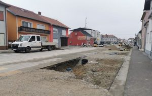 Asfaltna ili betonska cesta, koje su im prednosti i koja je kvalitetnija?