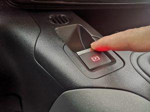 Električna parking kočnica, kako radi i djeluje li u vožnji?