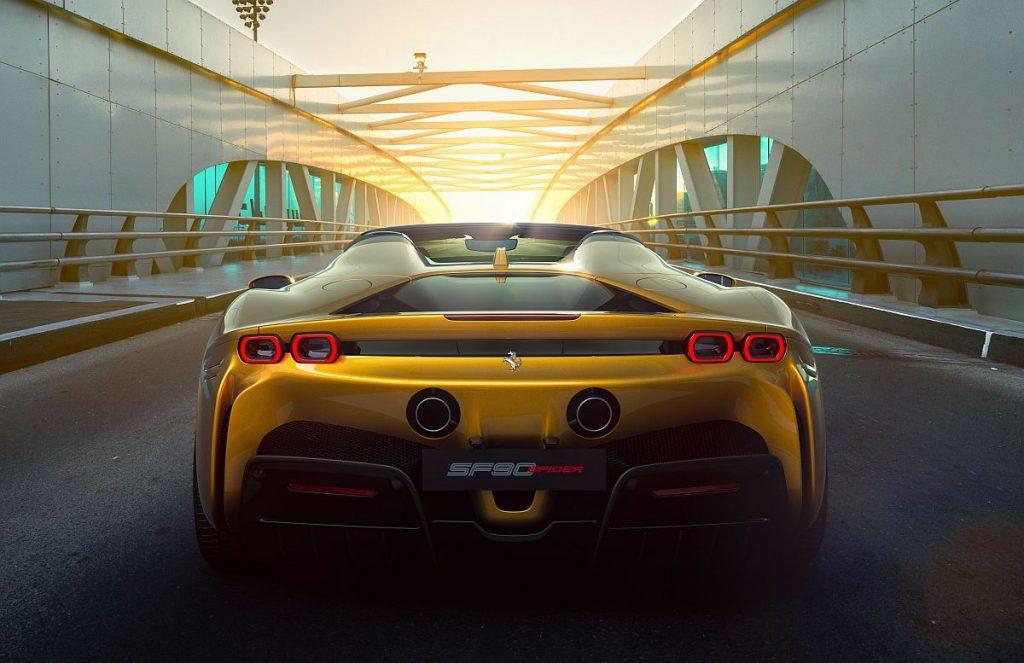 Ferrari SF90 Spider, postojanost frizure upitna je uz prisutnost 1000 KS