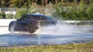Porsche Taycan odnio rekord za najduži drift električnog vozila