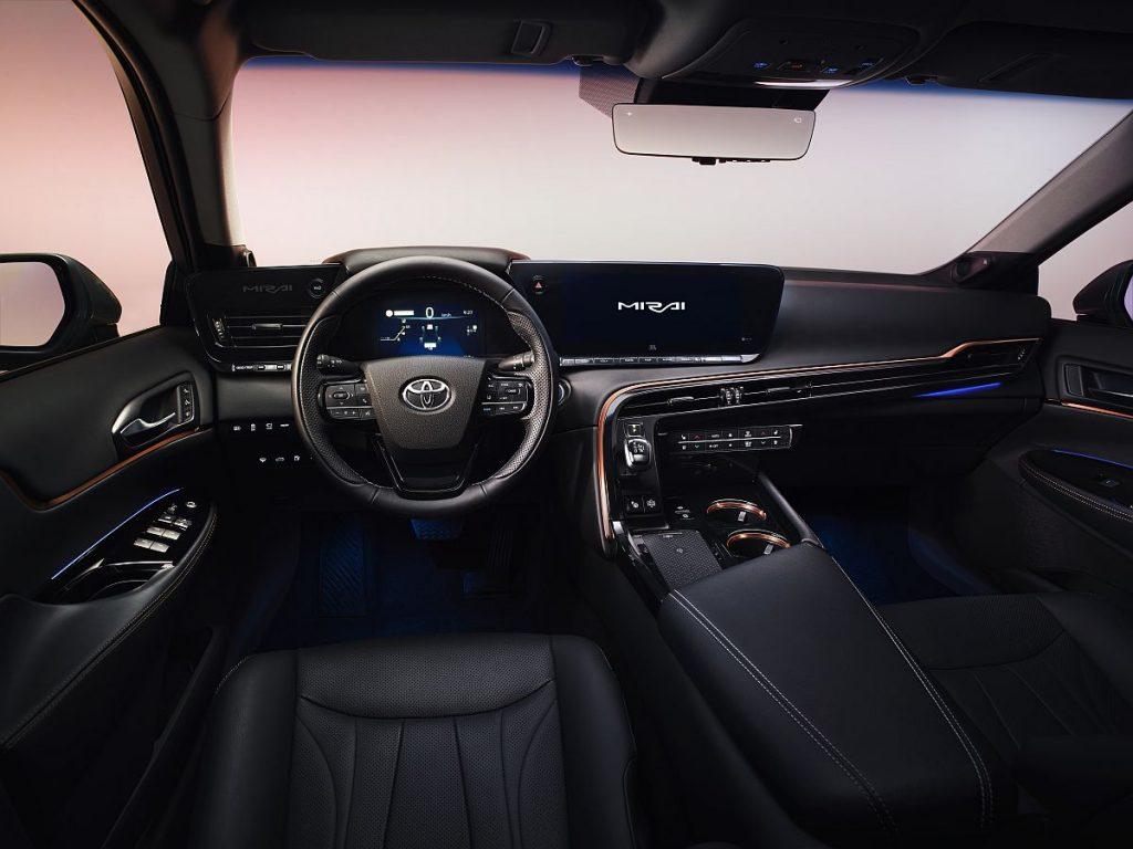 Toyota Mirai dobiva nastavak, stiže druga generacija po svemu drugačije limuzine