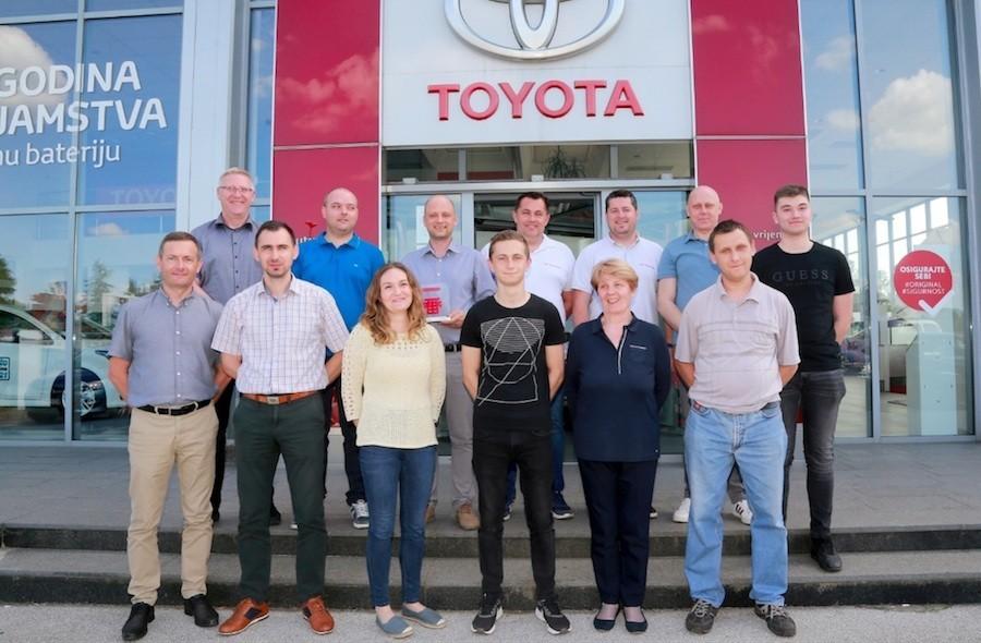 Toyota nagradila Futura auto iz Varaždina, najboljeg partnera trgovca u 2021.