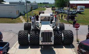 Big Bud 16V-747 uvjerljivo je najveći traktor na svijetu, u zasluženoj mirovini od 2009.