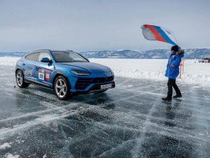 Lamborghini Urus po ledu vozio 298 km/h i postavio novi svjetski rekord!