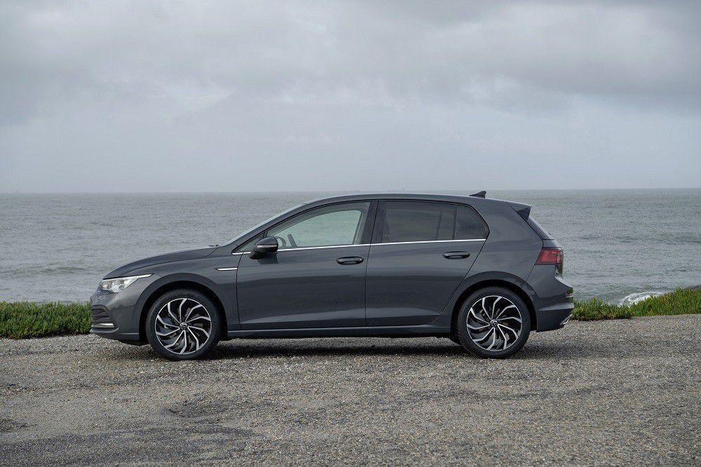 Volkswagen Golf 8 u Portugalu odrađuje prve kilometre u rukama novinara