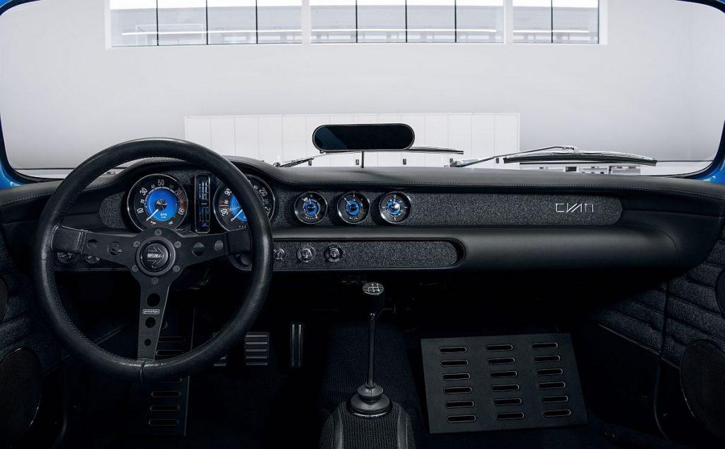 Volvo P1800 Cyan, kultni model ponovno oživio, kako se lako zaljubiti u lim!