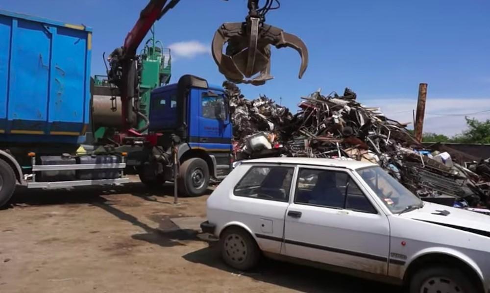 """""""Posljednji počinak"""" za Yugo, evo što prolaze automobili kad idu u reciklažu"""