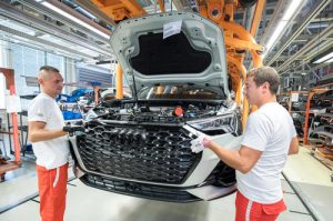 Audi je u Mađarskoj svoje radnike nagradio sa 965 eura COVID-19 bonusa!