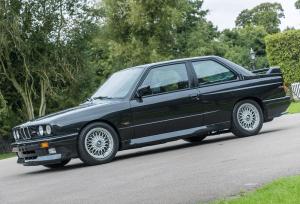 BMW M3 E30 prodaje se na aukciji, početna cijena iznosi 40 tisuća funti!