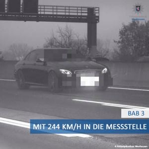Mercedes-AMG E53 jurio čak 244 km/h u zoni radova, ubrzo je požalio zbog toga