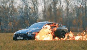 Mercedes-AMG GT 63 S odlučio zapaliti zbog sukoba sa serviserima, ovo će svakog entuzijasta ražalostiti