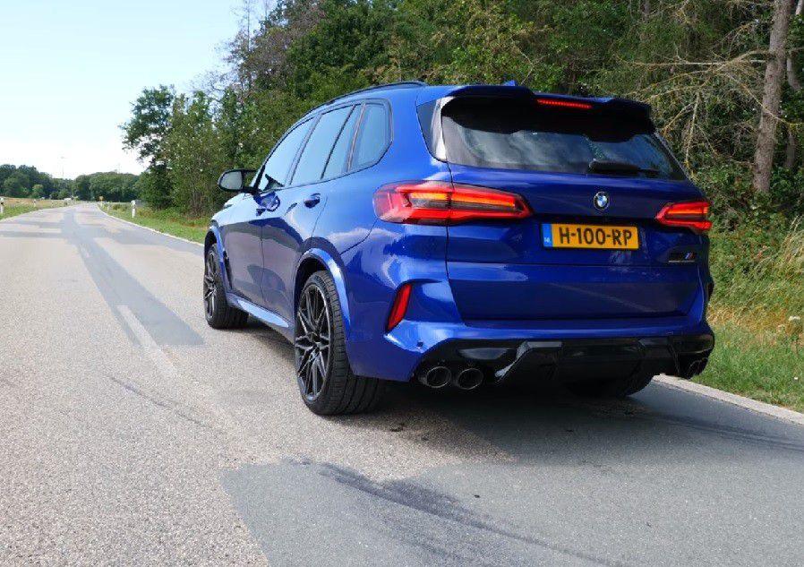 BMW X5 M Competition pokazao svoje pravo lice na autocesti, ovaj 4.4 V8 motor jednostavno morate čuti!