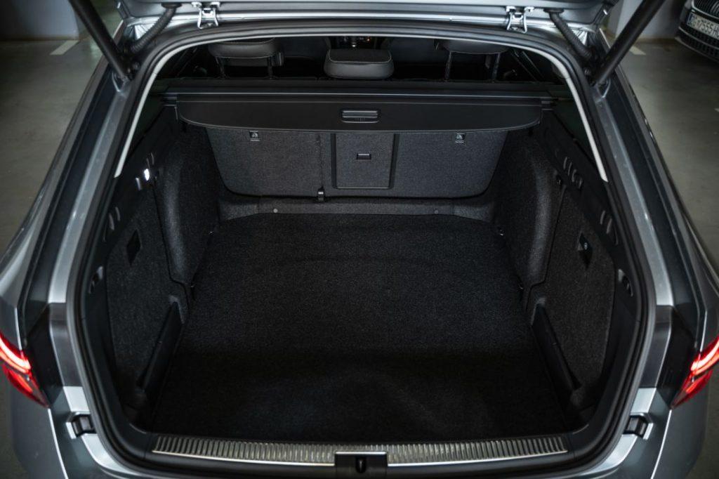 Škoda Superb Combi Premium 2.0 TDI DSG, kod nje se prostor mjeri u kvadratnim metrima, a mane traže povećalom 6