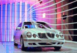 Mercedes-Benz i njegova revolucija svjetla jučer, danas i sutra 3