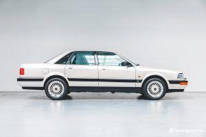 Na prodaju legendarni Audi V8 koji je prešao samo 218 km! 4
