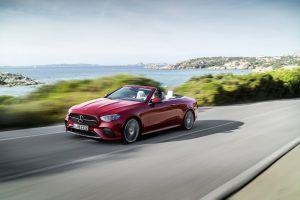 Osvježeni Mercedes-Benz E Coupe i Cabriolet za ljeto 2020., snažniji motori i bogatija oprema oduševit će mnoge
