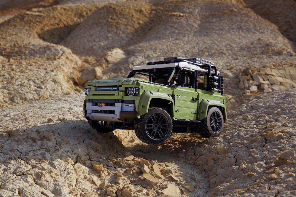 Land Rover Defender u Lego izdanju još stigne pod bor!