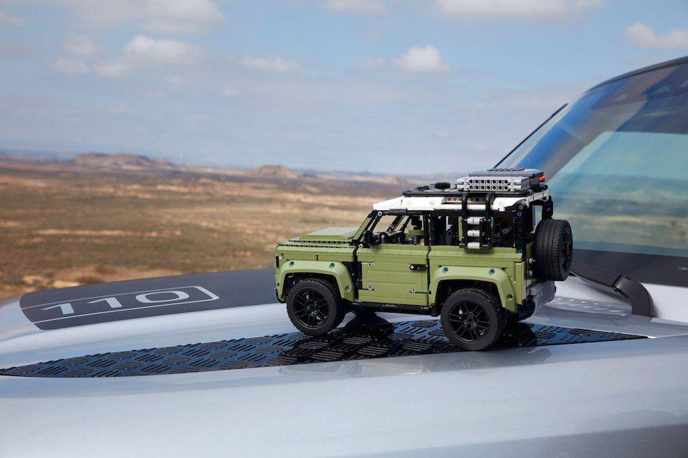 Land Rover Defender u Lego izdanju još stigne pod bor! 3
